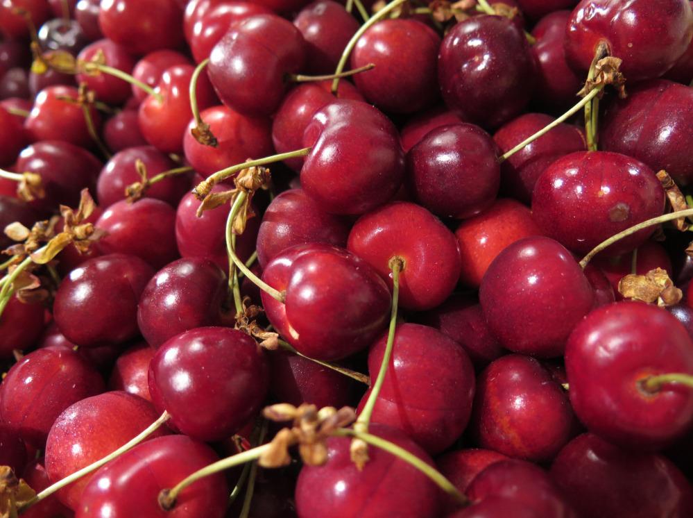 recrutement   employ u00e9 e  polyvalent e  attach u00e9 e  aux rayon fruits  l u00e9gumes et produits en